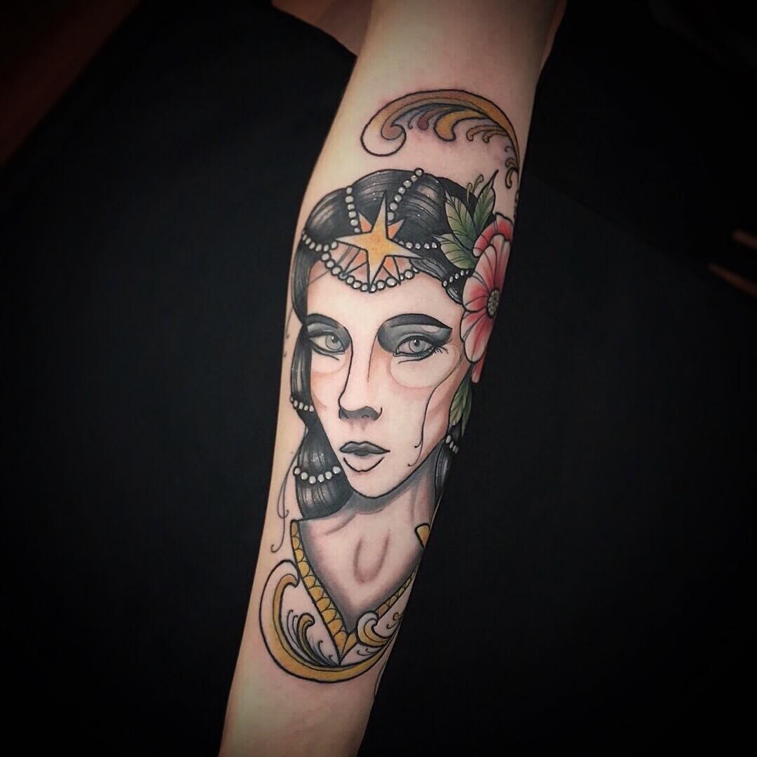 惠先生大臂oldschool美女纹身图案